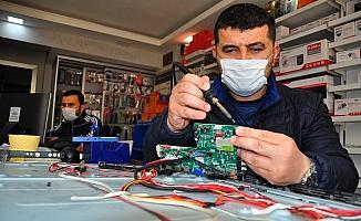 Korona elektronikçilere yaradı