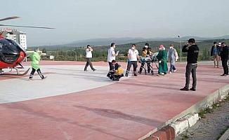 Üzerine çaydanlık devrilen minik çocuk helikopter ambulansla Ankara'ya sevk edildi