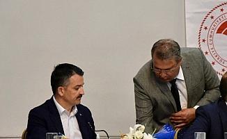 Başkan Çerçi, Bakan Pakdemirli'ye sunum yaptı