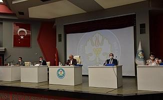 Manisa Büyükşehir Meclisi sosyal mesafeli toplandı