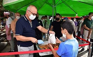Başkan Ergün'den anne ve babası için lokma hayrı yaptı