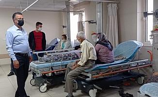 Kazada yaralanan işçilere başkandan 'Geçmiş olsun' ziyareti