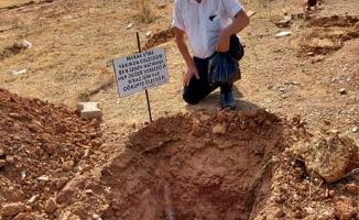 Eşini rüyasında gördü, kendi mezarını kazdırdı