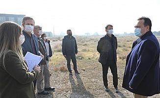 Başkan Dutlulu'dan, Akhisar'a yeni parklar ve spor tesisleri müjdesi