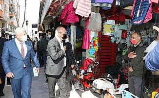 Başkan Ergün, yeni normalleşme ile ilgili vatandaş ve esnafı bilgilendirdi