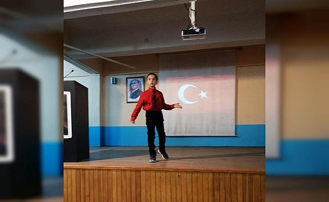 Selendi'de İstiklal Marşı'nı Güzel Okuma Yarışması düzenlendi
