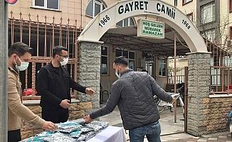 Ramazan'ın ilk cumasında Akhisar Belediyesi cami cemaatini unutmadı