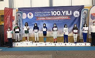 İlk kez katıldıkları turnuvada Türkiye Şampiyonu çıkardılar