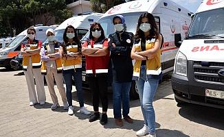 Manisa'nın kadın ambulans şoförleri parmak ısırtıyor