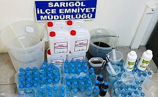 Sarıgöl'de ev yapımı sahte alkol satışına tutuklama