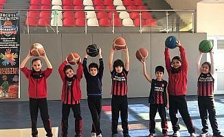 Turgutlu Belediyesi geleceğin yıldız sporcularını yetiştiriyor