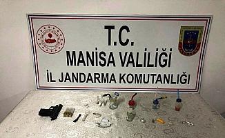 Sarıgöl'de uyuşturucu operasyonu: 4 gözaltı