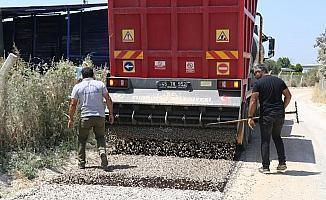 Turgutlu Belediyesi asfalt çalışmalarına devam ediyor