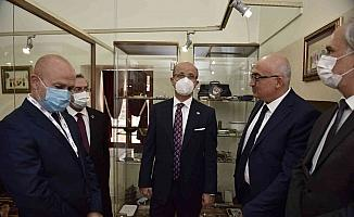 YÖK Başkanı Prof. Dr. Özvar Manisa'da incelemelerde bulundu