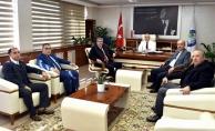 Başkan Kayda'yı kongreye davet ettiler
