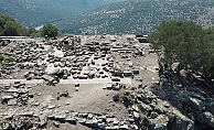 Su kuyusundan Athena Tapınağı çıktı